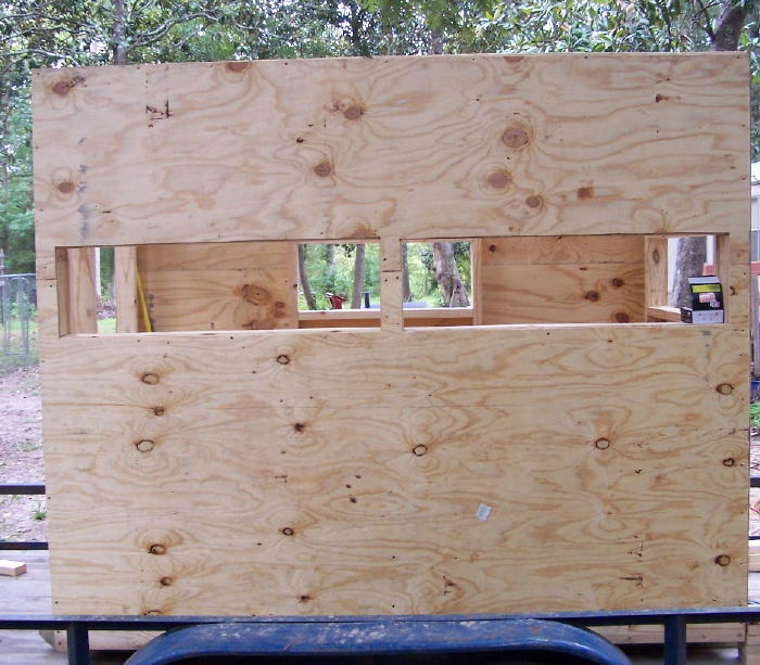 A diy guide on building a box blind hunting blind deer for Skin it fish skinner